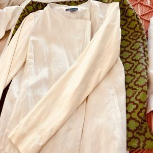 VINCE white linen and Creme Jacket